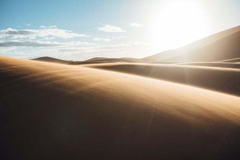 Poročno potovanje v Sahari - Neža Reisner | Poročni fotograf