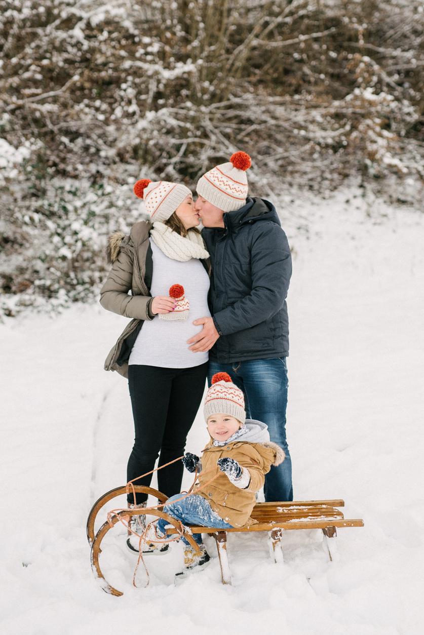 Pregnancy Photography   Neža Reisner - Family Photographer