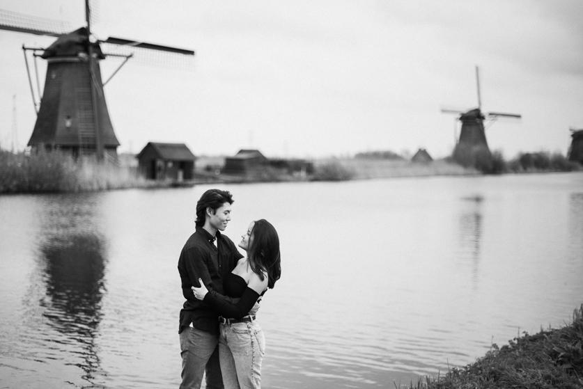 Fotografiranje para v naravi - Kinderdijk | Neža Reisner - poročni fotograf