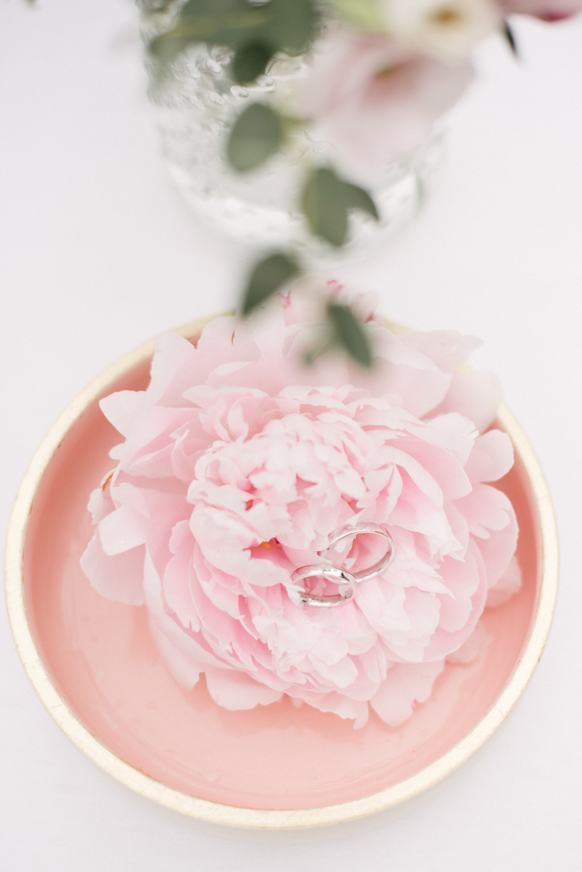 Wedding Rings - Neža Reisner | Wedding Photographer