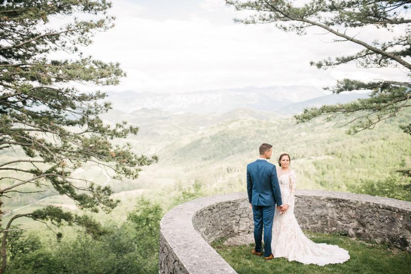 Poroka Grad Štanjel- Neža Reisner | Poročna fotografija
