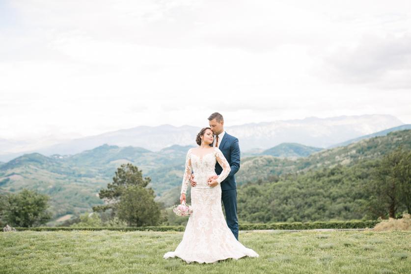Poroka Ferrarijev vrt- Neža Reisner | Poročna fotografija