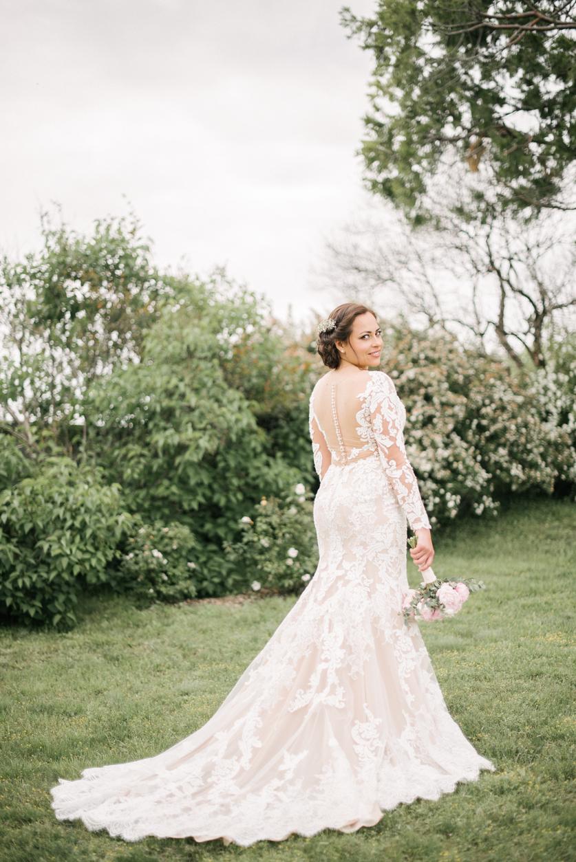 Poročna obleka - Neža Reisner | Fotografiranje poroke