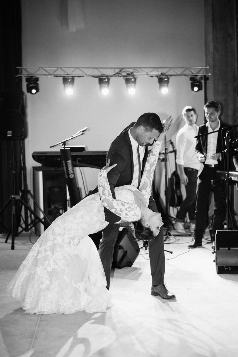 Poročni ples- Neža Reisner | Fotografiranje poroke