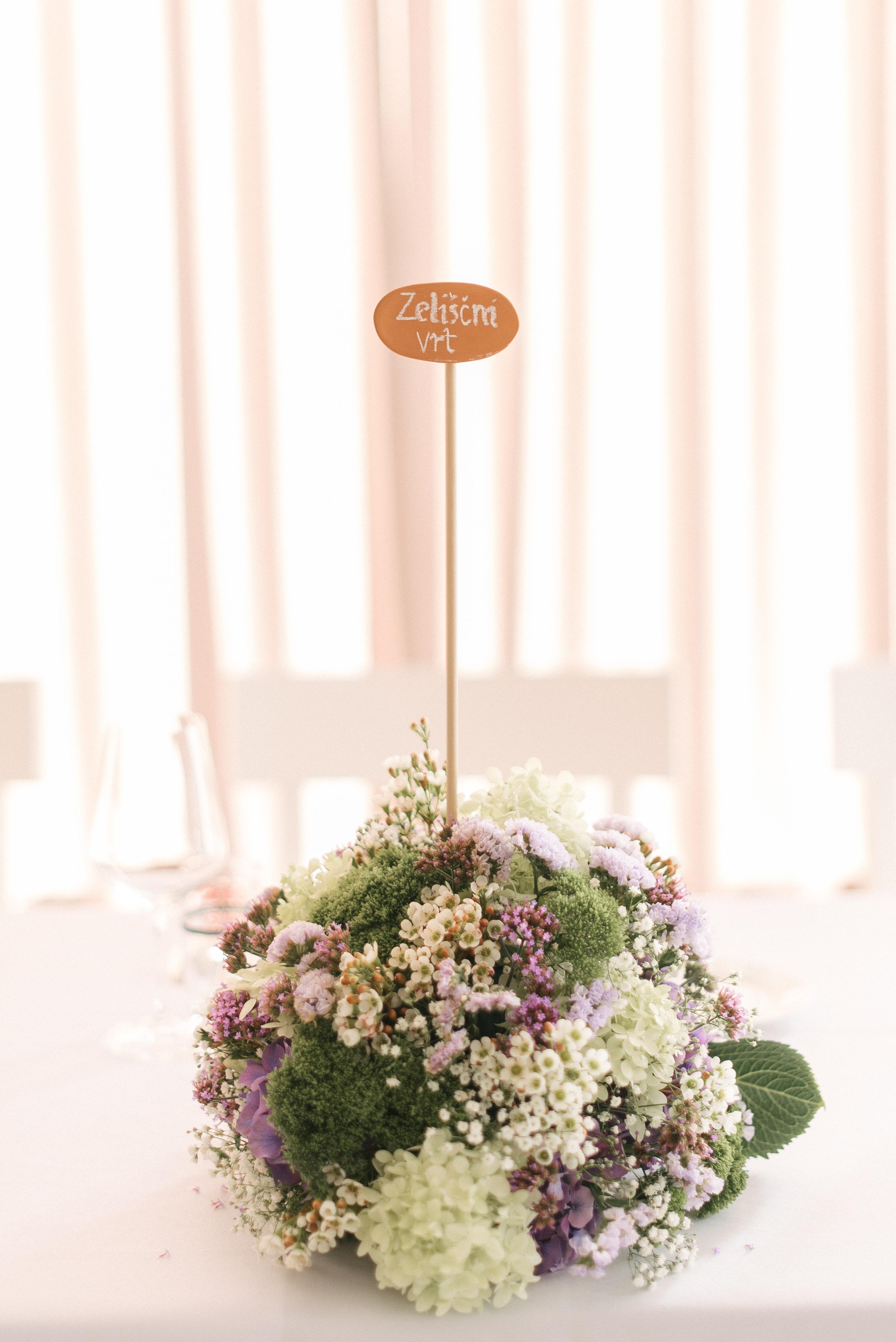 Poročna dekoracija | Neža Reisner - poročni fotograf