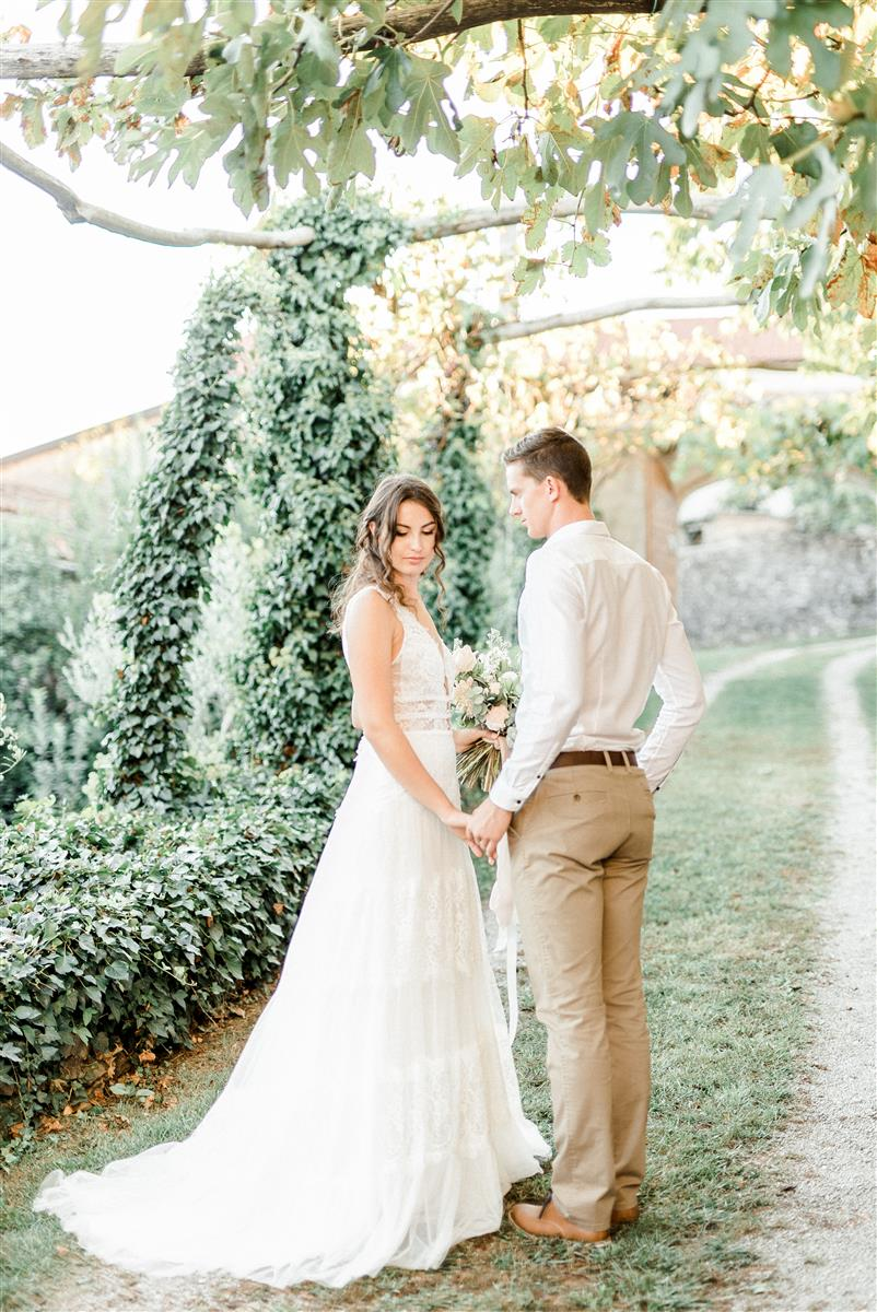 Slovenia Wedding - Karst | Neža Reisner - Wedding Photographer
