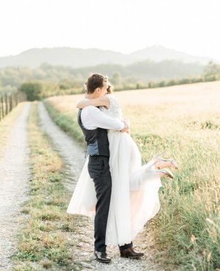 This is how we want our photo shoots to go - completely relaxed. . . . . #poroka #porocnifotograf #groom #weddingphotographeritaly #weddingphotographerlondon #weddinggown #weddinginitaly #weddingphotographerinitaly #bride #veniceweddingphotographer #weddingphotographerparis #croatiawedding #weddingplanner #bodas #weddingdress #vjencanje #fotografvjencanja #bodas #weddingintuscany #fotografodebodas #matrimonio #fotografomatrimonio #destinationwedding #weddinginspiration #weddingphotographerspain #igslovenia #hochzeitsfotograf #weddingincroatia #tuscanywedding #italywedding