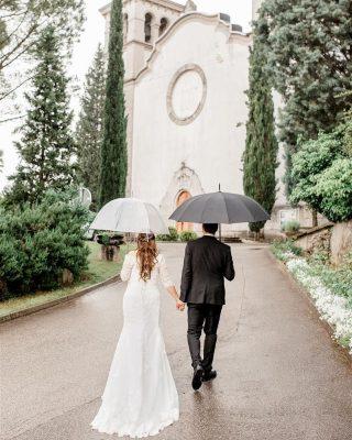 It was our first time at @mirenskigrad and we quickly fell in love with it. . . . . . Wedding dress: @porocnisalonwhitecouture #poroka #porocnafotografija #porocnifotograf #zenin #nevesta #weddingphotographerinitaly #tuscany #tuscanywedding #tuscanyweddingphotographer #justmarried #stylemepretty #picoftheday #instawedding #weddingphotographer #sloveniawedding #slovenianphotographer